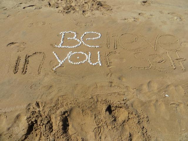 beach-1737038_1920.jpg